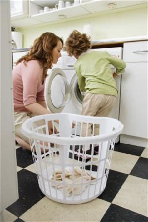 best way to wash clothes the best ways to wash clothes during potty training our everyday life