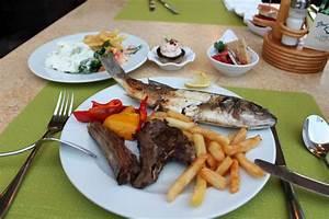Fisch Mit H : abendessen vom b ffett fisch und lamm ikaros beach luxury resort spa malia ~ Eleganceandgraceweddings.com Haus und Dekorationen