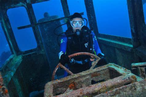 le de plong 233 e sous marine pour les plongeurs spotmydive