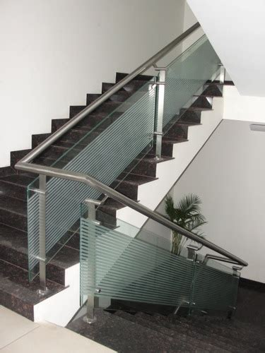 In stock and ready to ship. Stainless Steel Railing In SS Pipe - Chamunda Steel Art, Ahmedabad | ID: 3486876633