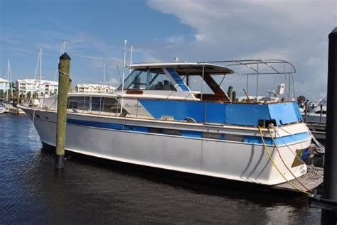 Cheap Wooden Boats For Sale by 1968 Chris Craft 47 Commander Boats Yachts For Sale