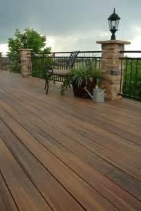 composite deck use clean composite deck