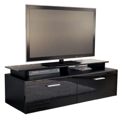 lowboard schwarz matt tv board lowboard atlanta korpus in schwarz matt front in schwarz hochglanz inkl tv aufsatz