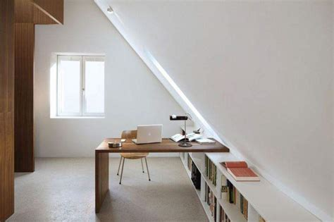 pipe sous le bureau 12 magnificent attic home office design ideas