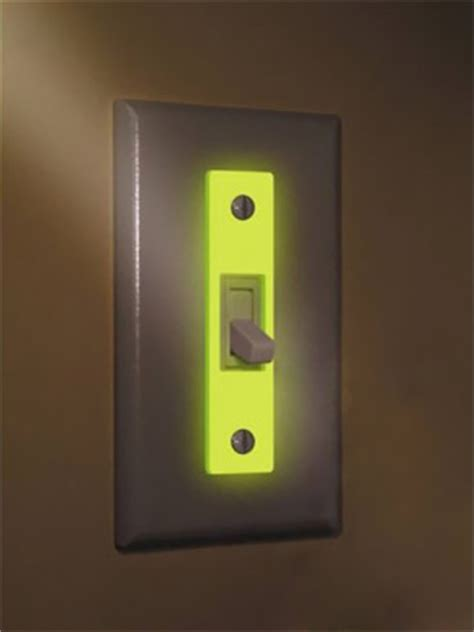 illuminated light switch find a light glow in the wallplate insert