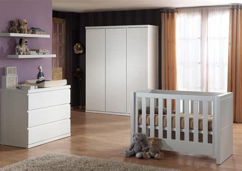 chambre bébé contemporaine chambre bébé complète contemporaine coloris blanc elara