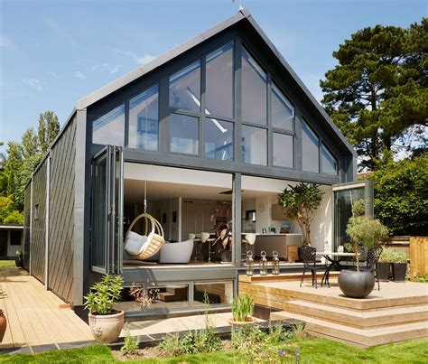 hibious a small home in the uk that is designed to