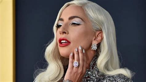 Lady Gaga Culpa Al Alcohol De Su Desastroso Tatuaje Marcacom