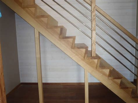 quoi mettre sous un escalier quoi mettre sous un escalier 28 images r 233 aliser un escalier en b 233 ton 6 messages les