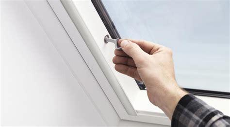 Einbruchschutz Mehr Sicherheit Fuers Zuhause dachfenster einbruchschutz mehr sicherheit f 252 r ihr zuhause