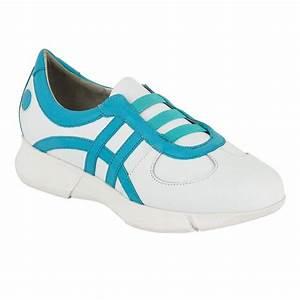 Chaussure De Travail Femme : chaussure h pital type basket blanche et ciel label ~ Dailycaller-alerts.com Idées de Décoration