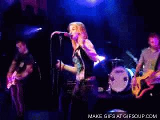 hayley williams paramore 1 hayley williams gif find on giphy