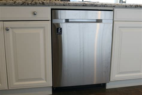Tips For Purchasing a New Dishwasher (Samsung WaterWall