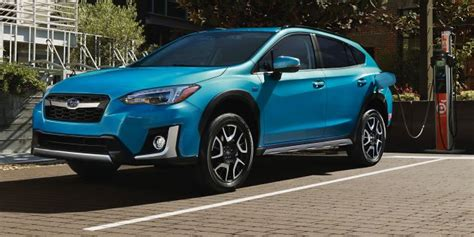 subaru xvcrosstrek hybrid officially revealed
