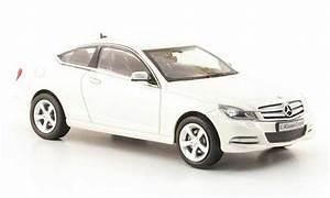 Mercedes Classe C Blanche : mercedes classe c miniature coupe c204 blanche 2011 norev 1 43 voiture ~ Maxctalentgroup.com Avis de Voitures