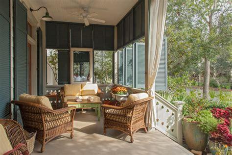 Coastal Cottage Has Relaxing Beach House Decor