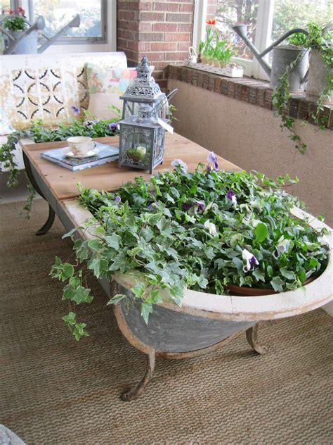 Badewanne Bepflanzen Im Garten badewanne im garten gartenideen bepflanzte objekte