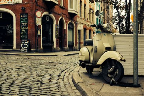 Piaggio Wallpapers by Vespa Wallpapers Wallpaper Wallpapers