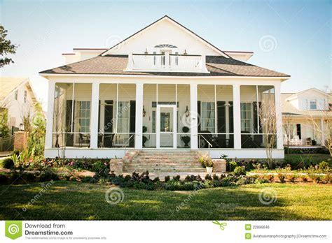 fresh american style home het zuidelijke amerikaanse huis in de voorsteden de