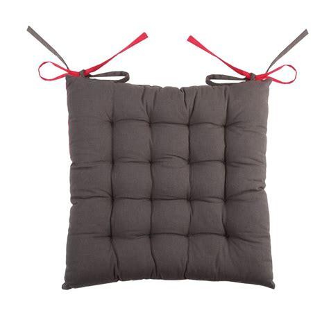 coussin de chaise gris coussin de chaise bicolore gris et fuchsia galette et
