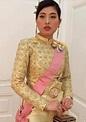 泰國公主,民眾要與其合影必須下跪,同行也得跪着 - 每日頭條