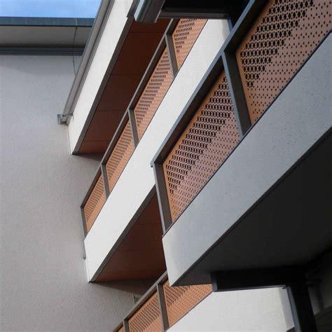 ringhiera in legno per esterno ringhiere in legno per balconi esterni