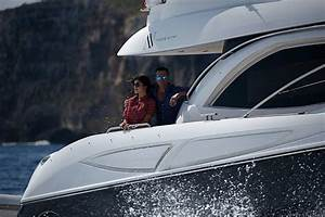 Azur Luxury Motors : 14 perfect excuses to charter a luxury motor yacht azure ultra ~ Medecine-chirurgie-esthetiques.com Avis de Voitures
