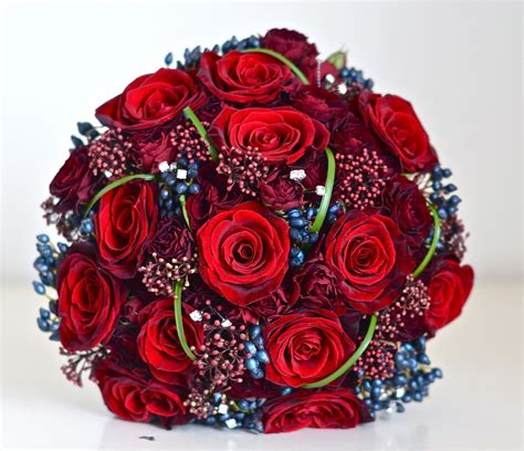 Wedding Flowers Blog Nikkis Winter Wedding Flowers