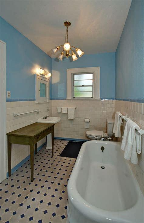 early  bathroom edward lundberg built house