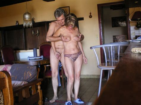 Mature Couple Horny Outdoor 03  In Gallery Mature