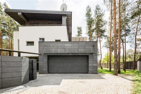 garage und carport fuer ihre immobilie und ihr grundstueck