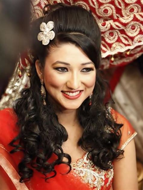 Indian Womens Hairstyles by Best Trendy New Indian Hairstyles For 2015