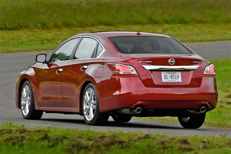 altima nissan 2014 nissan altima reviews and rating motor trend