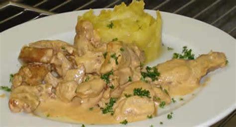 cuisiner un filet de dinde emince de dinde au moutarde avec cookeo recette facile
