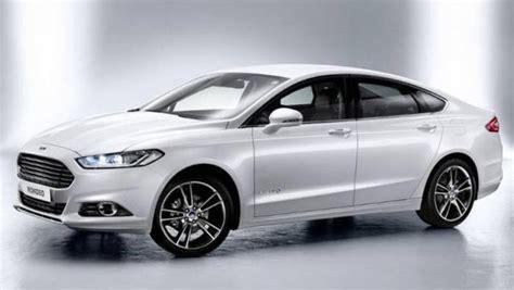auto 4 porte ford mondeo 4 porte listino prezzi 2019 consumi e