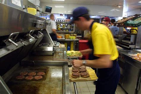jeux de cuisine macdonald travaille chez mc do tu auras un diplôme