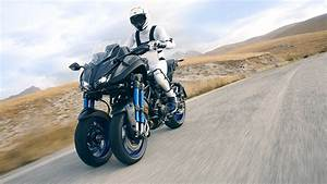 Motorrad Mit 3 Räder : yamaha niken erstes 3 r driges motorrad mit neigesystem ~ Jslefanu.com Haus und Dekorationen