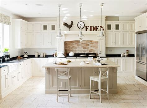 farrow and white kitchen cabinets farrow and white tie kitchen cabinets onvacations 9873