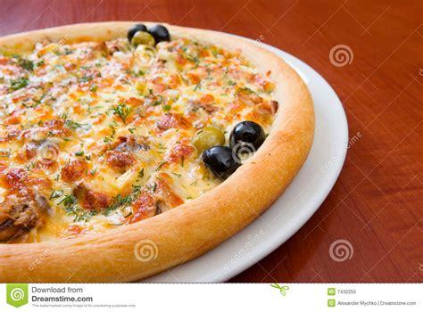 cuisine italienne pizza cuisine italienne le soupe de poissons 8 recettes