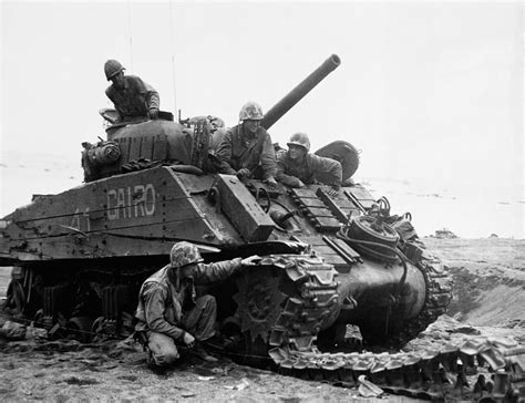 Photos From The Battle Of Iwo Jima To Mark Its 70th