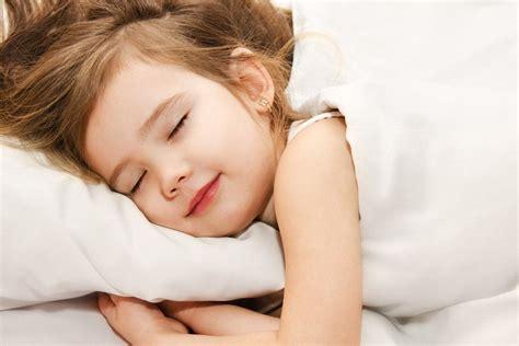 La Bambino - quanto deve dormire un bambino dott gianfranco trapani