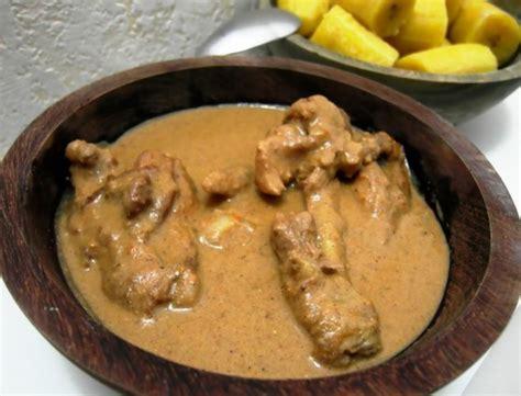 cuisine à la cocotte recettes du cameroun le poulet sauce arachides