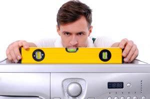 waschmaschine bewegt sich beim schleudern waschmaschine vibriert wir testen waschmaschinen