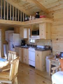 small cabin kitchen omg i want this to be my small home