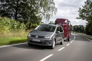 Volkswagen Sharan : 2016 volkswagen sharan gets 2 0 tdi 184 ps with 7 speed dsg and 4motion autoevolution ~ Gottalentnigeria.com Avis de Voitures