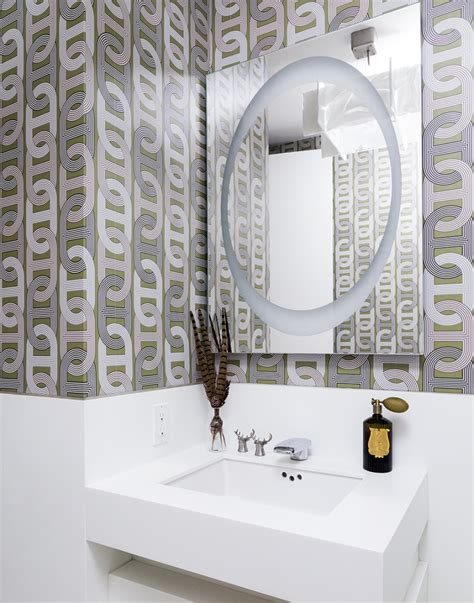 Badezimmer Tapete Modern by High End Bathroom Accessories With Modern Style