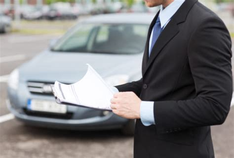 The dealer may accept the hassle of returning the older vehicle a little early in return for the chance to make more off a new lease. Can You Turn in a Car Lease Early?   Fiscal Tiger