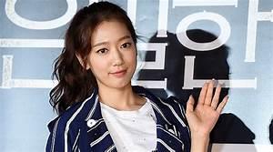 Jadwal Padat, Park Shin Hye Bertekad Teruskan Studi ...