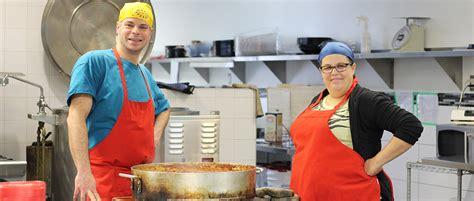 la cuisine collective économiser temps et argent à la cuisine collective hochelaga