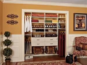 Dressing Petit Espace : faire un dressing petit espace dans chambre ideeco ~ Teatrodelosmanantiales.com Idées de Décoration
